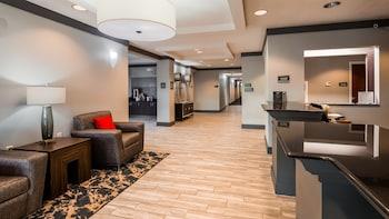 Best Western Plus Philadelphia-Choctaw Hotel and Suites photo