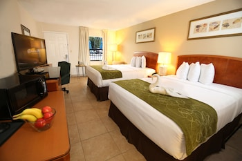 Guestroom at Seasons Florida Resort in Kissimmee