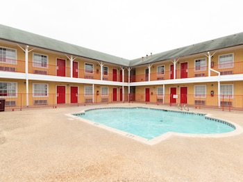 OYO 聖安東尼奧拉克蘭飯店 - 近海洋世界 OYO Hotel San Antonio Lackland near Seaworld