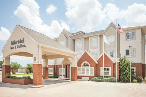 . Microtel Inn & Suites by Wyndham Stillwater