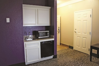 Deluxe Suite, Multiple Beds, Accessible, Non Smoking (Mobility/Hearing Impaired Accessible)