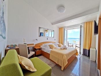 Standard Double or Twin Room, Balcony, Sea View