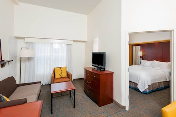 Guestroom at Residence Inn Orlando Airport in Orlando