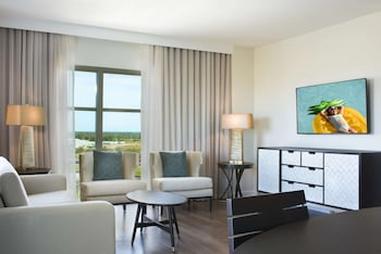 Suite, 2 Bedrooms, Accessible (Hearing, Plus)