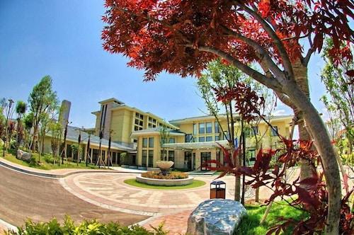 . New Century Grand Hotel Kaifeng