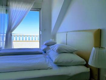 Room, Balcony, Sea View