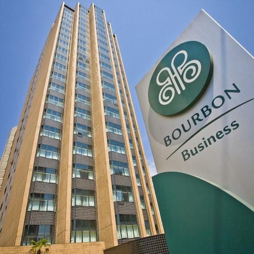 . Bourbon Alphaville Hotel