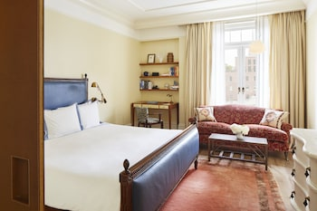 Superior Room (Greenwich)