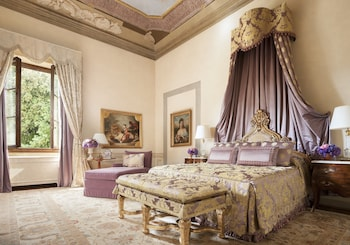 Royal Suite, 1 King Bed