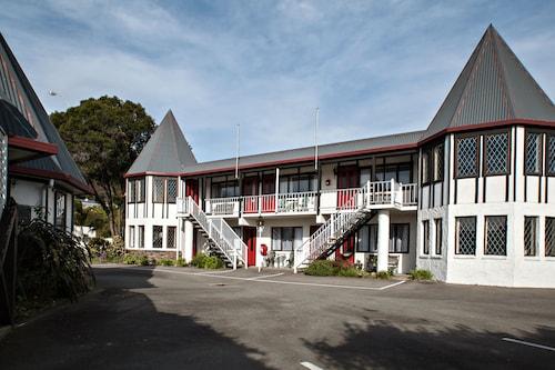 Castles Motel, Nelson