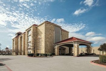Hotel - La Quinta Inn & Suites by Wyndham Mansfield TX