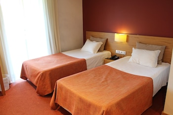 Paredes Hotel Apartamento - Guestroom  - #0