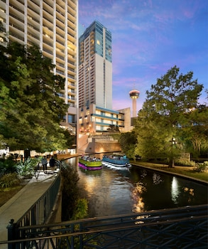 聖安東尼奧君悅大飯店 Grand Hyatt San Antonio River Walk