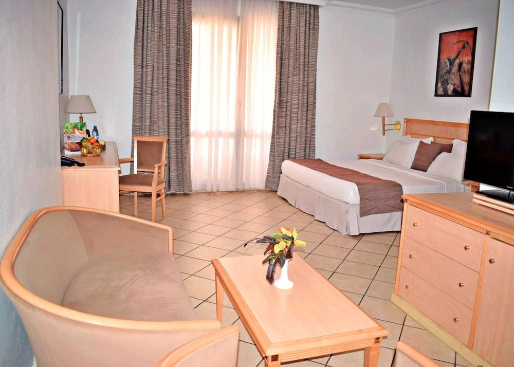 아잘라이 그랜드 호텔(Azalai Grand Hotel) Hotel Image 11 - 거실 공간