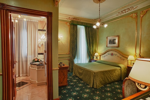 __{offers.Best_flights}__ Grand Hotel Wagner