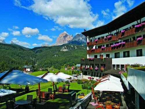 __{offers.Best_flights}__ Hotel Mirage