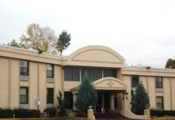 Hotel - Townhouse Inn & Suites