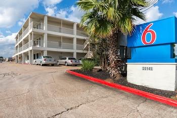 Hotel - Motel 6 Humble TX