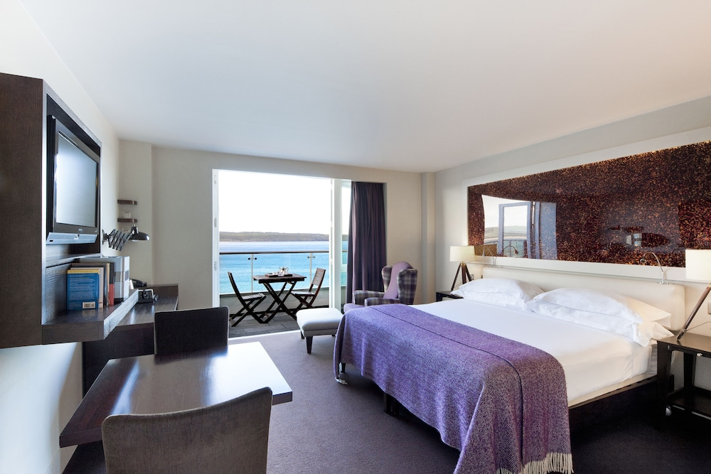 https://i.travelapi.com/hotels/2000000/1860000/1853400/1853356/fe99dd88_z.jpg