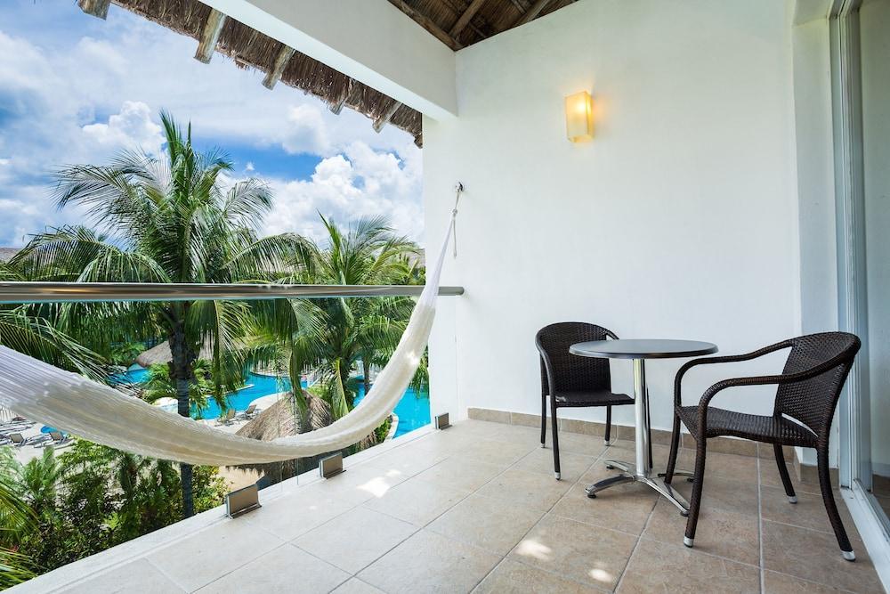 https://i.travelapi.com/hotels/2000000/1860000/1854100/1854031/809cb7db_z.jpg