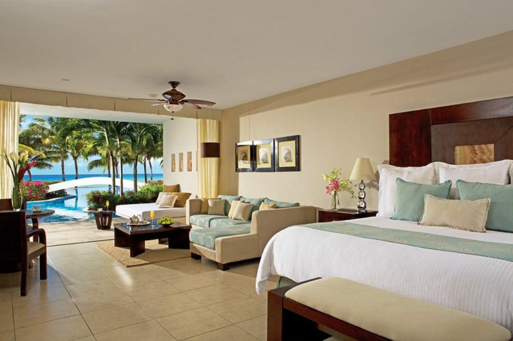 https://i.travelapi.com/hotels/2000000/1860000/1854100/1854031/afc31555_z.jpg
