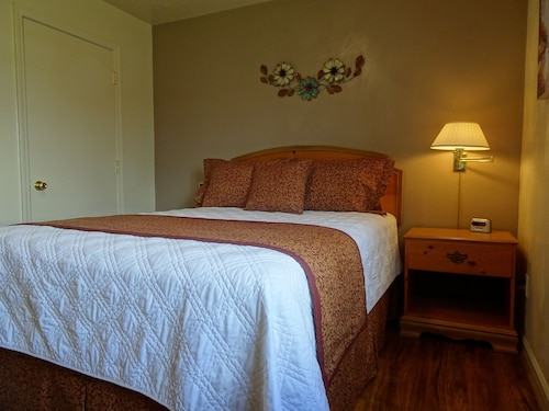 Affordable Corporate Suites - Lanford, Roanoke City