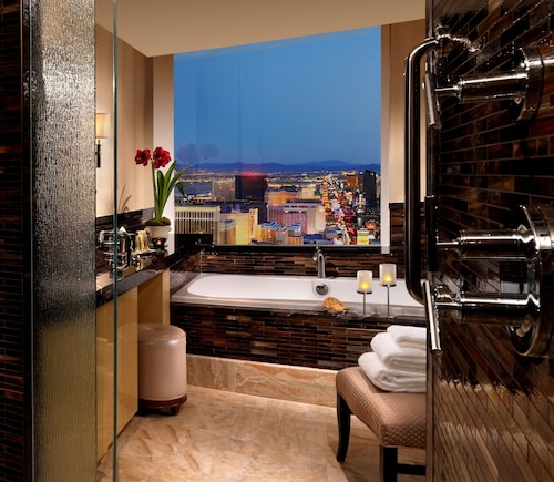 Trump International Hotel Las Vegas image 19