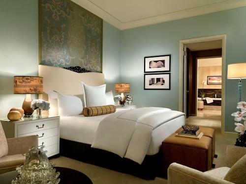 Trump International Hotel Las Vegas image 4
