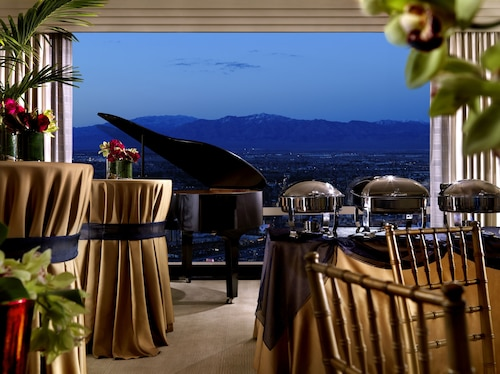 Trump International Hotel Las Vegas image 34