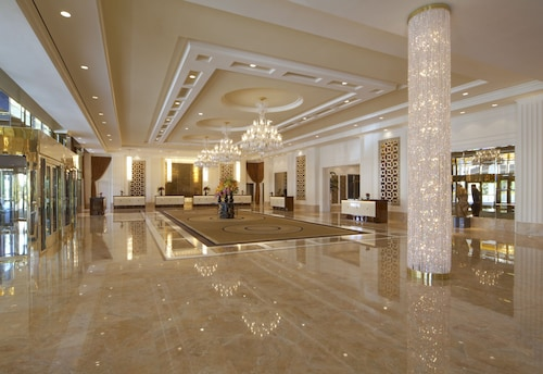 Trump International Hotel Las Vegas image 2