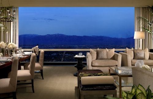 Trump International Hotel Las Vegas image 21