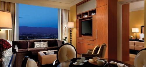 Trump International Hotel Las Vegas image 10