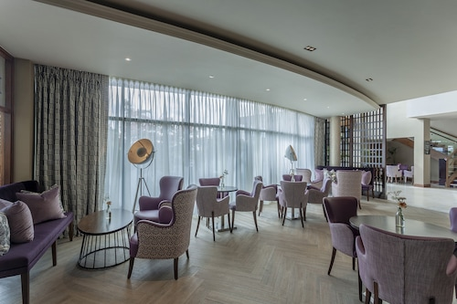 . Athlone Springs Hotel