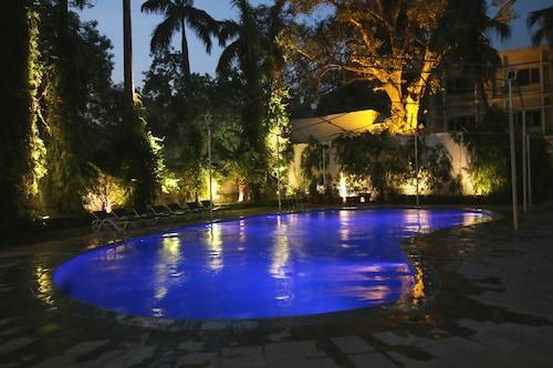 Hotel Clarks, Varanasi