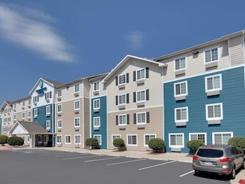 Woodspring Suites Indianapolis Lawrence 2 6 Miles From Bavarian Village Apartments Bu Admiral Motel Photo