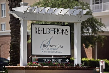 Hotel - Reflections at Bay Point by Sterling Resorts