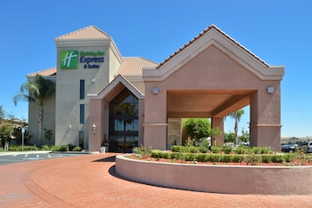 Holiday Inn Express Hotel & Suites Lathrop - South Stockton photo