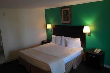 Hotel - Crystal Inn Eatontown