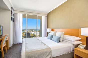 Guestroom at Mantra Twin Towns in Coolangatta