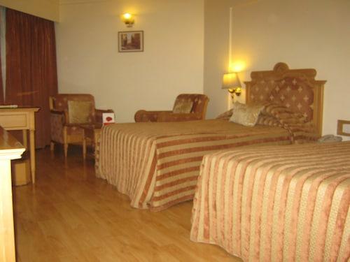 The Pride Hotel Nagpur, Nagpur