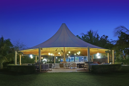 Al Nahda Resort & Spa, Barka