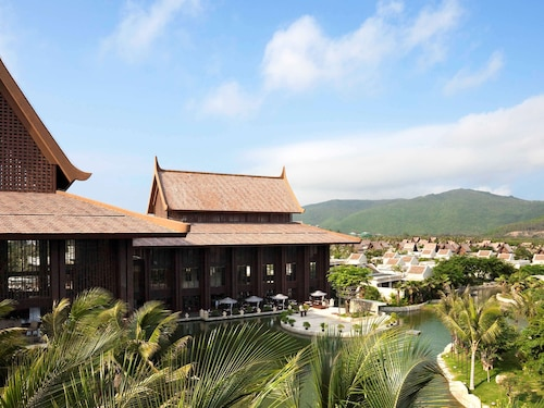 . Pullman Sanya Yalong Bay Villas & Resort