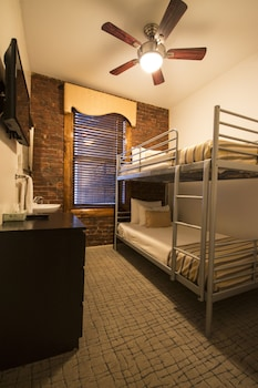 Twin Room, 2 Bunk Beds, Shared Bathroom