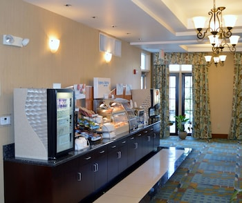 Holiday Inn Express Hotel & Suites Tucson - Restaurant  - #0