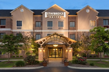 Hotel - Staybridge Suites Akron-Stow-Cuyahoga Falls