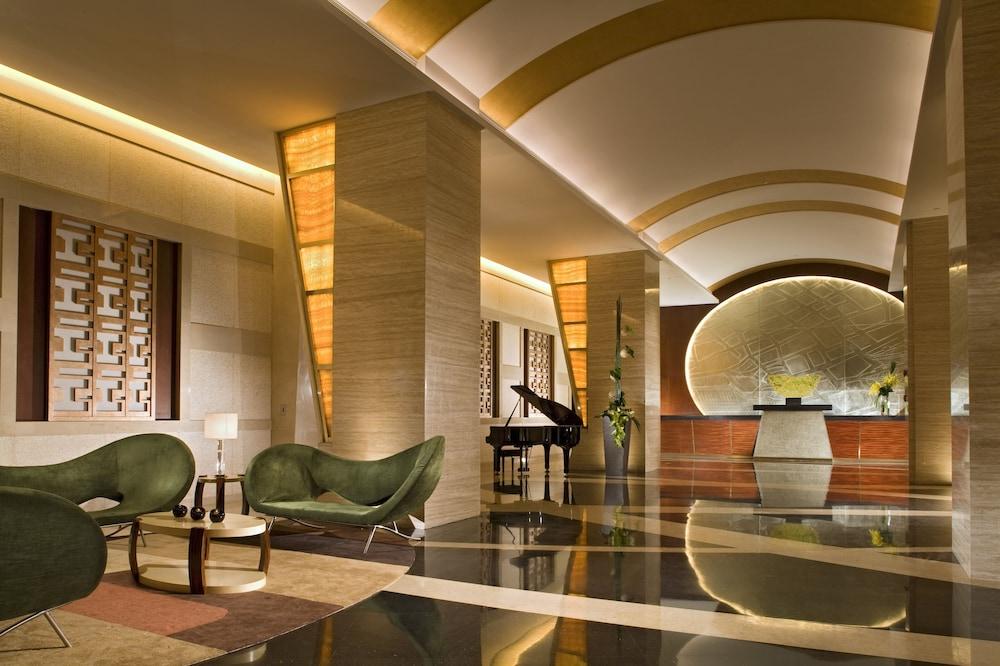 スイソテル グランド 上海 (上海宏安瑞士大酒店)