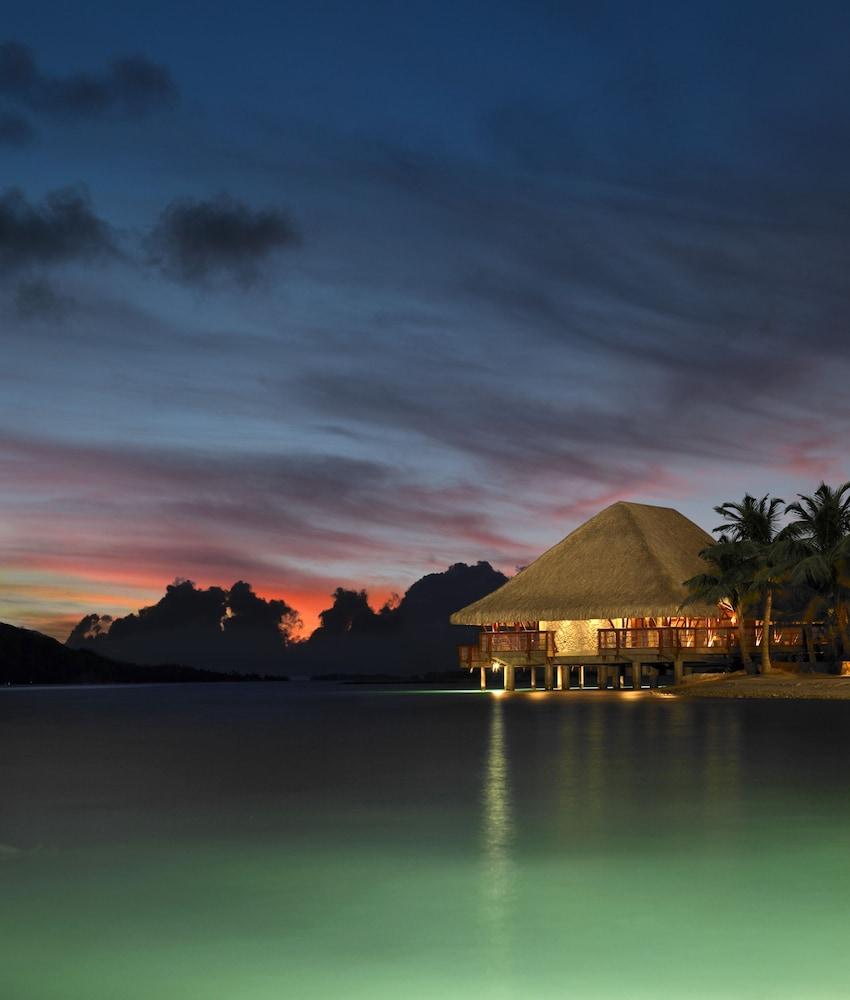 https://i.travelapi.com/hotels/2000000/1870000/1867200/1867106/28e87b36_z.jpg