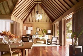 Premier Villa, 2 Bedrooms, Private Pool, Beachfront (moana Beach)