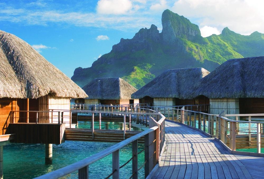 https://i.travelapi.com/hotels/2000000/1870000/1867200/1867106/5da3283c_z.jpg