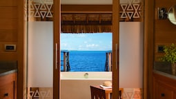 Over Water King Bungalow With Plunge Pool